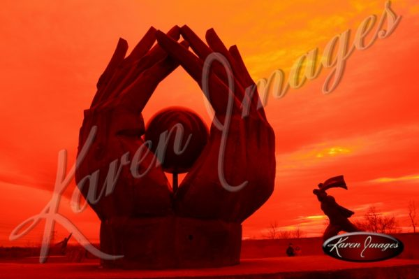 statue-park-budapest-01