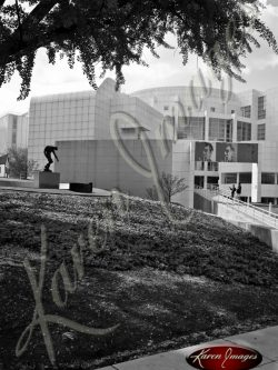 High-Museum-1-Atlanta-Georgia-Black-and-White