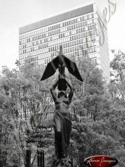 Woodruff-Park-Statue-Atlanta-Georgia-Black-and-White