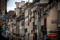 city scape view of Beaune Bourgogne